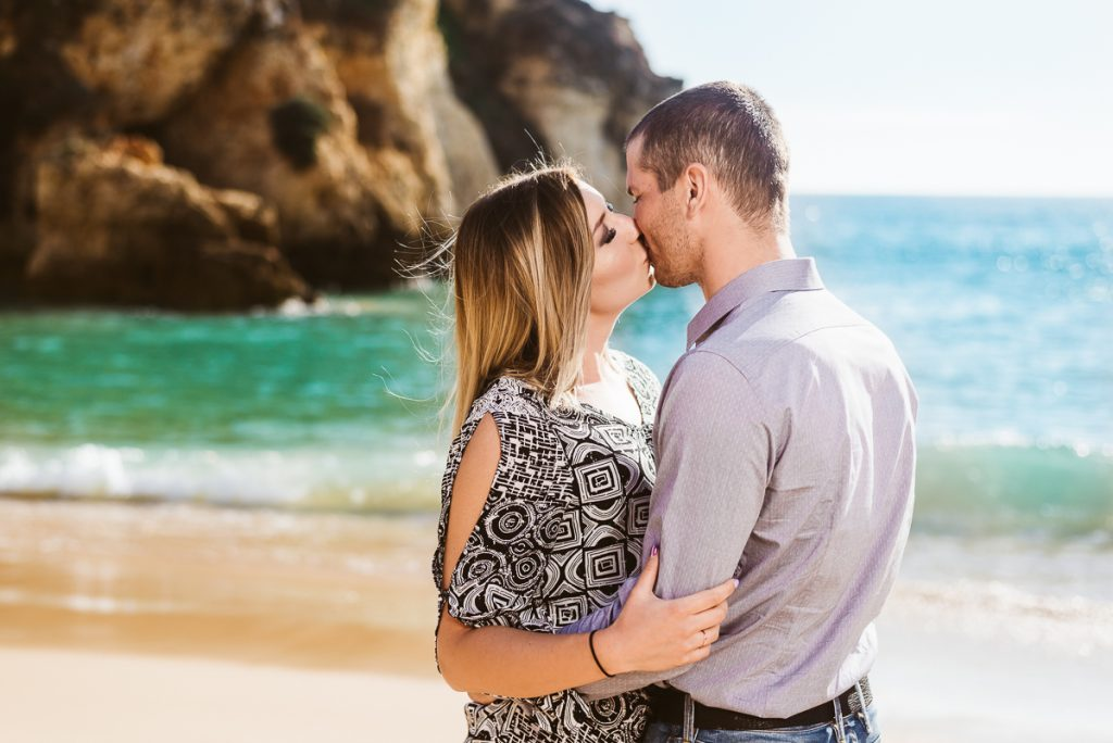 Romantic honeymoon photosession on Alvor Beach, Algarve