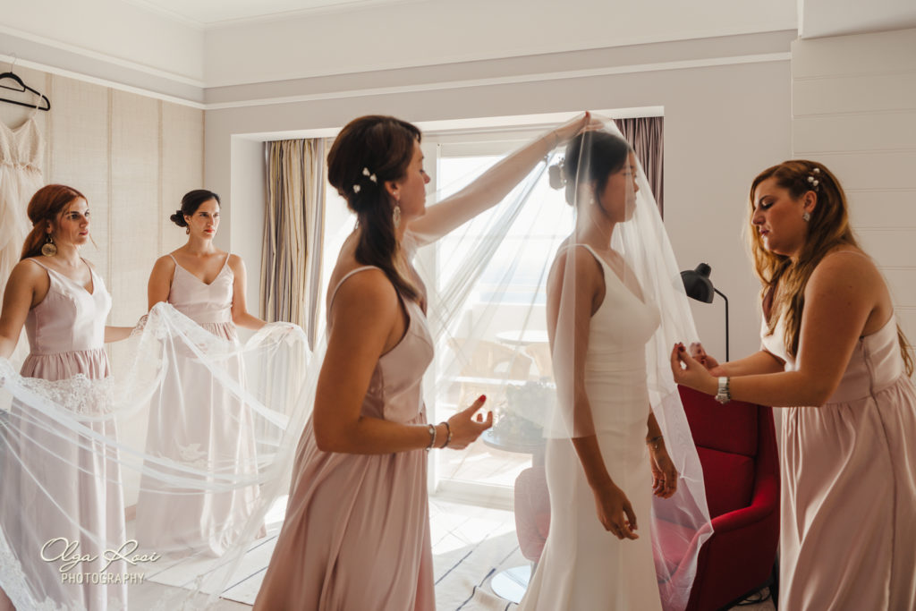 Pestana Alvor Praia wedding, bride getting ready - Olga Rosi Photography